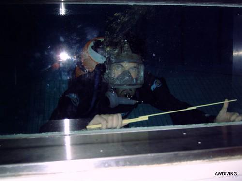 Onderwater zwembad inspectie