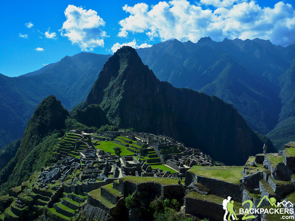 Hiking%20to%20Machu%20Picchu%20250%20-%20Version%202-M