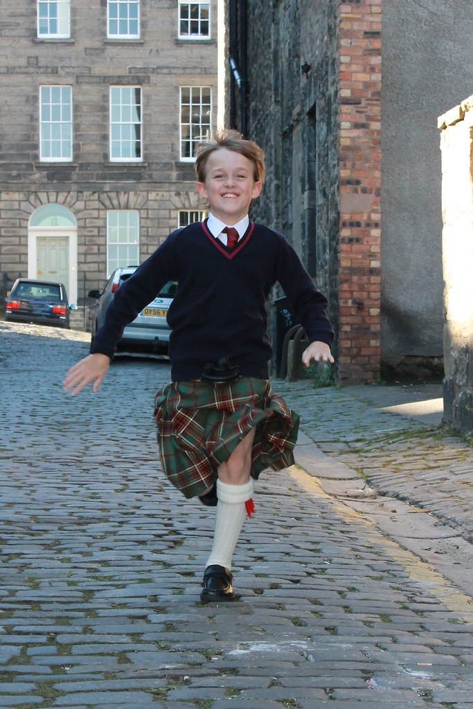 Scottish schoolboy uniforme1