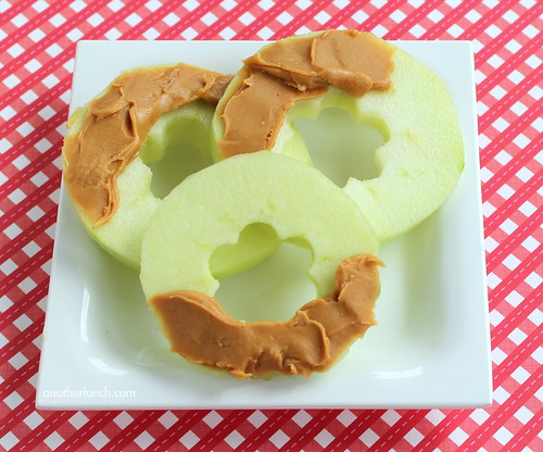 Chemo Duck apple rings with peanut butter snack