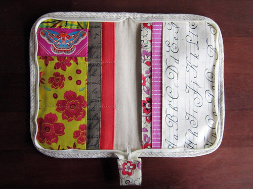 Zakka sewing zip organizer