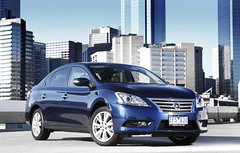 [Free Images] Transportation, Cars, Nissan, Nissan Pulsar ID:201302180000