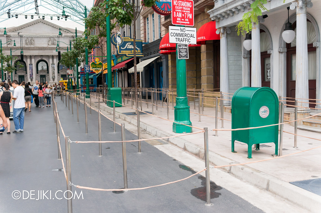 Sesame Street Spaghetti Space Chase - Empty Outdoor Queue