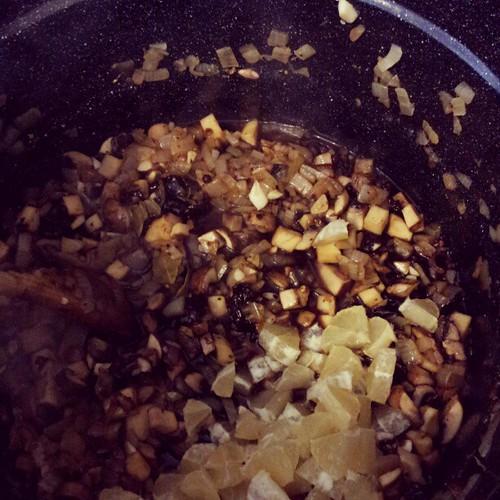 Mushrooms, onions, horseradish, lemon, spices. #grandmaclub