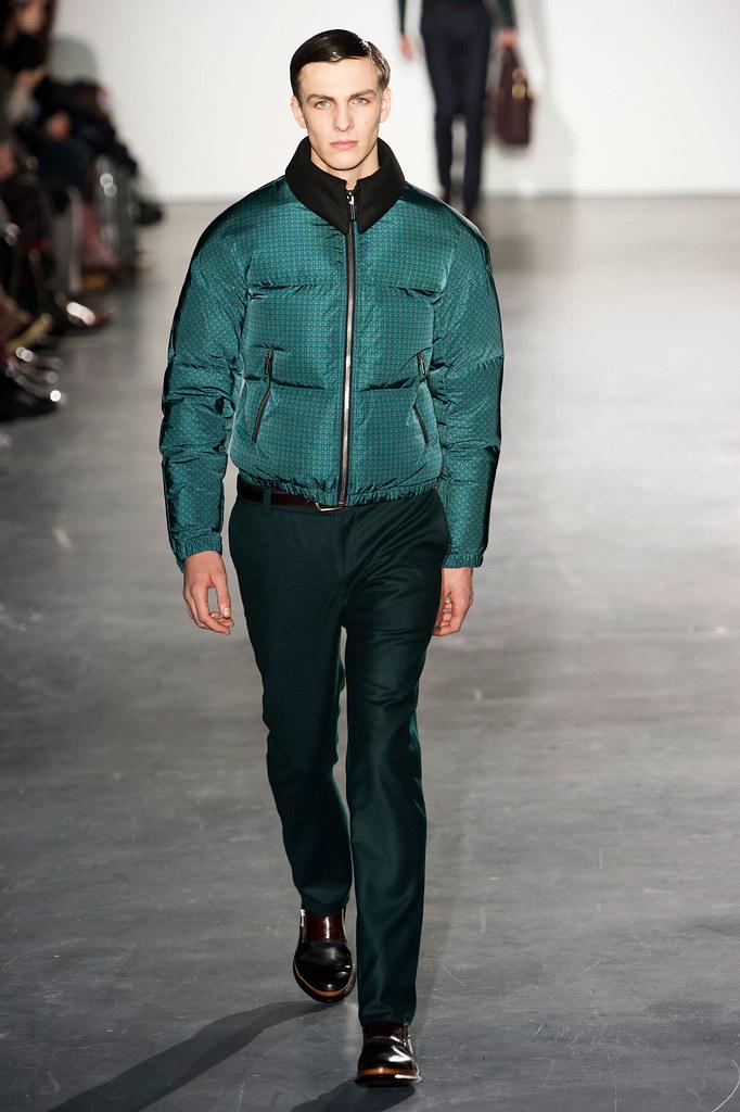 Antoine Des Beauvais3040_FW13 Paris Wooyoungmi(fashionising.com)