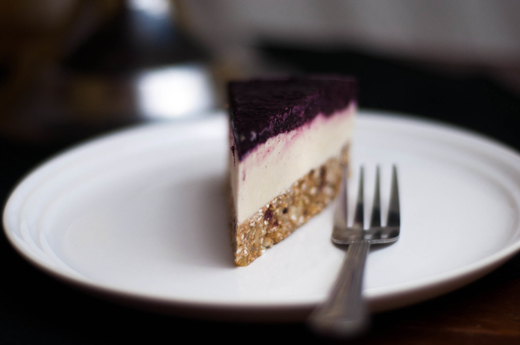 lemon blueberry cheesecake slice