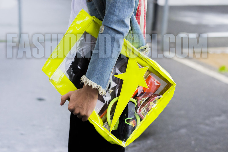 neon lunch bag
