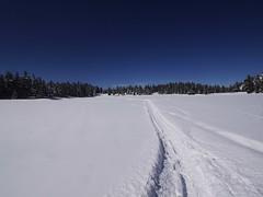 木, 2013-02-28 12:01 - 凍った湖の上を横断