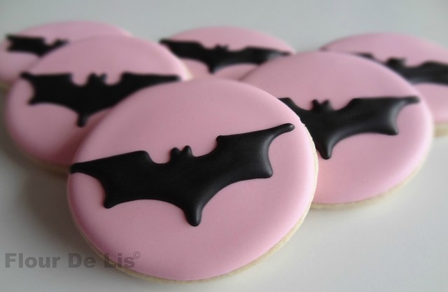 static pink batman - photo #7