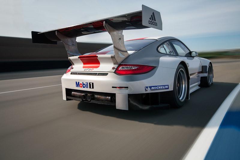 Porsche 911 GT3 R REAR LEFT