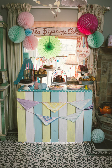 Pop-Up Cake Stall