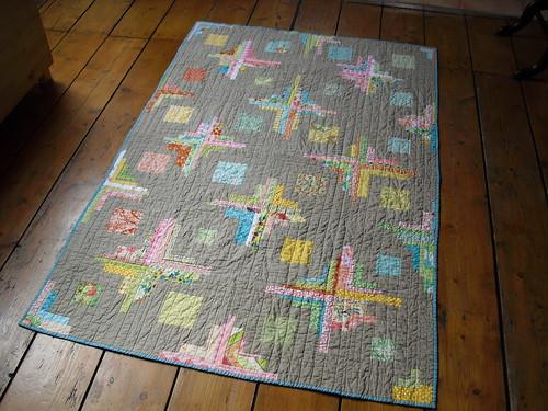 Converging corners quilt