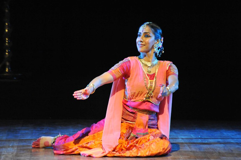 mythili prakash as yashodhara dance theatre sreeni on