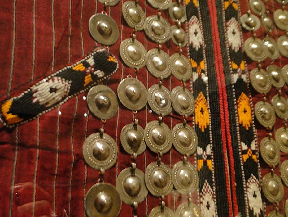 01 7dec12_5007 coatTurkmen jewelryMetropolitan Museum ofArt