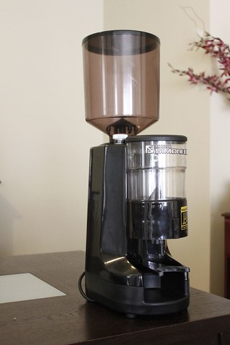 for sale only nuova simonelli mdx coffee grinder 350. Black Bedroom Furniture Sets. Home Design Ideas