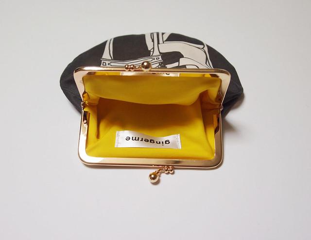frame pouch - typist