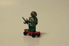 LEGO Teenage Mutant Ninja Turtles Turtle Lair Attack (79103) - Raphael