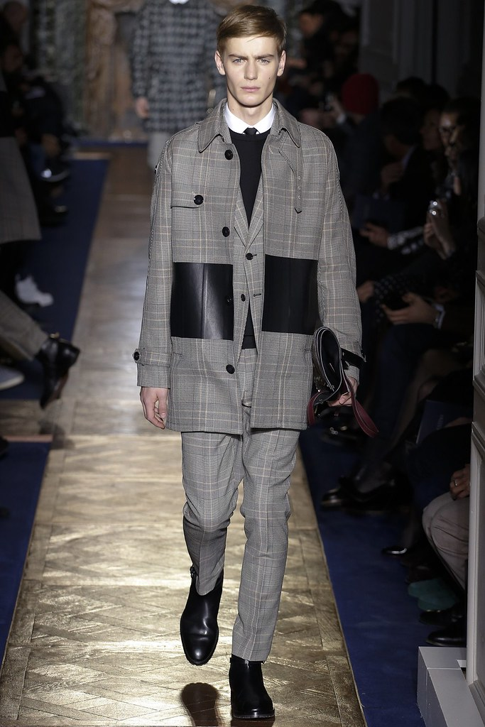 FW13 Paris Valentino008_Ben Allen(VOGUE)
