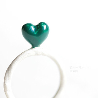 emerald heart Ring