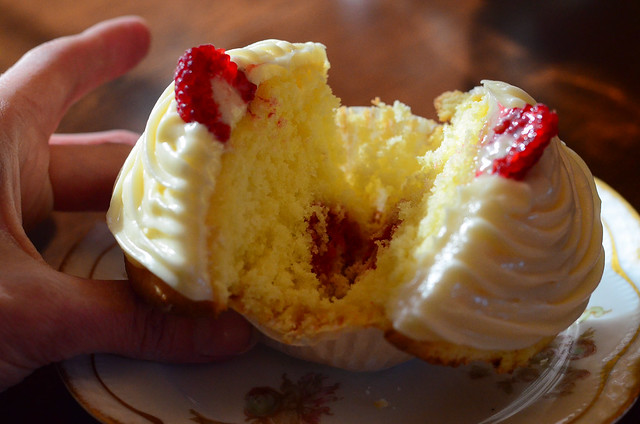 Lemon Raspberry Cupcakes with Lemon Curd Frosting-185.jpg