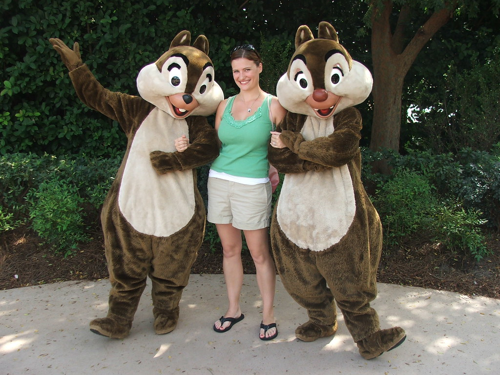 Chip And Dale Walt Disney World Character Hunt
