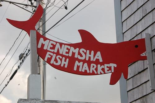 2fish market.JPG