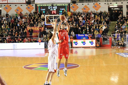 Fotsis skips from 15th to 5th in 3-point shooting