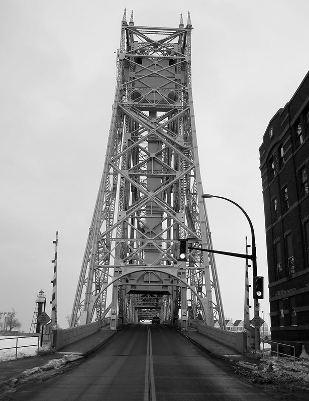 This Duluth lift bridge might be crooked