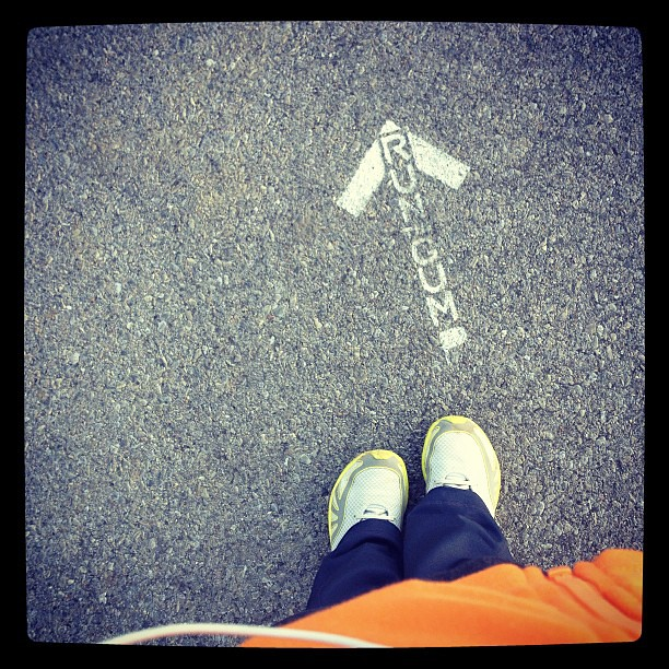 """Ran"" (part of) a local 5k course, through a gorgeous neighborhood, with these cute arrows. Longest running interval yet (a whopping 2.5 minutes)."
