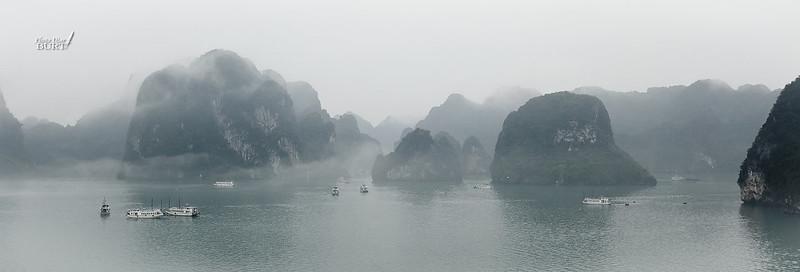 大霧裏的下龍灣2
