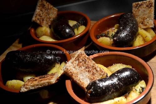 Petits Boudins Antillais Rôtis aux Pommes© Ana Luthi Tous droits réservés