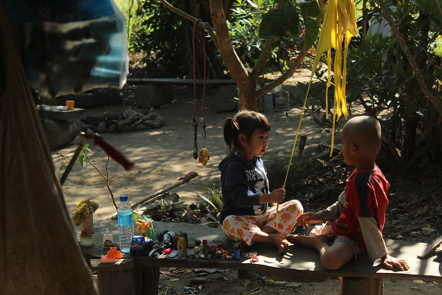 Children talking in Thailand