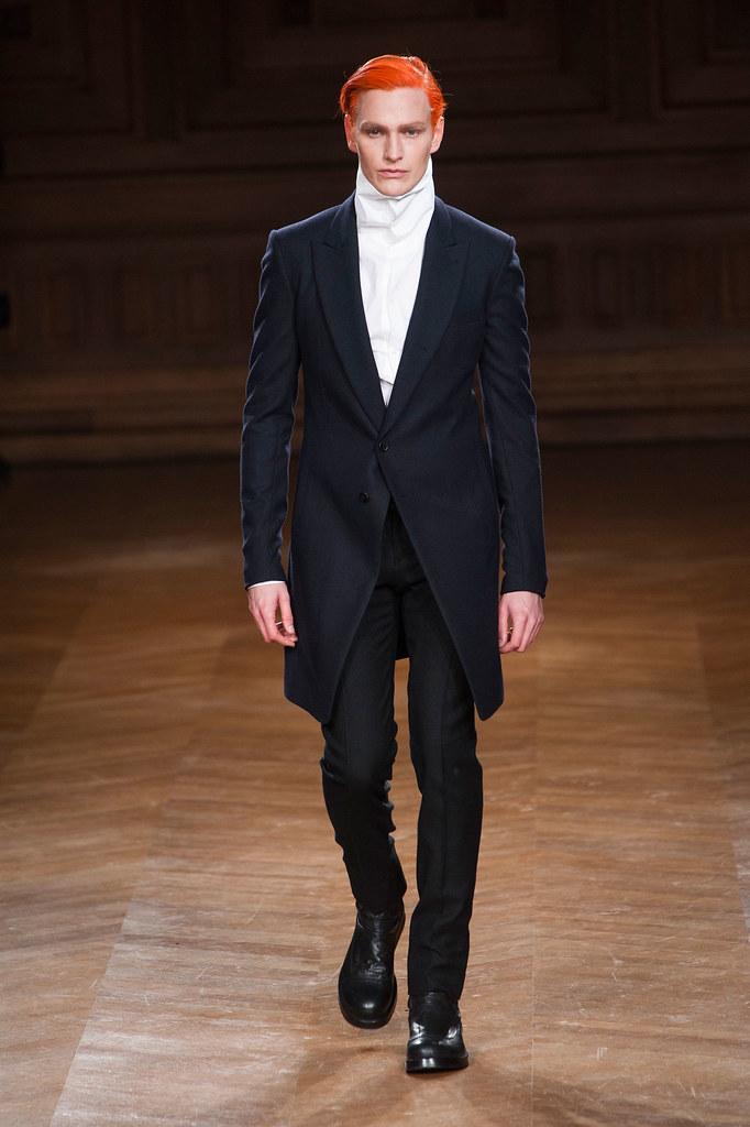 Gerhard Freidl3335_FW13 Paris Songzio(fashionising.com)
