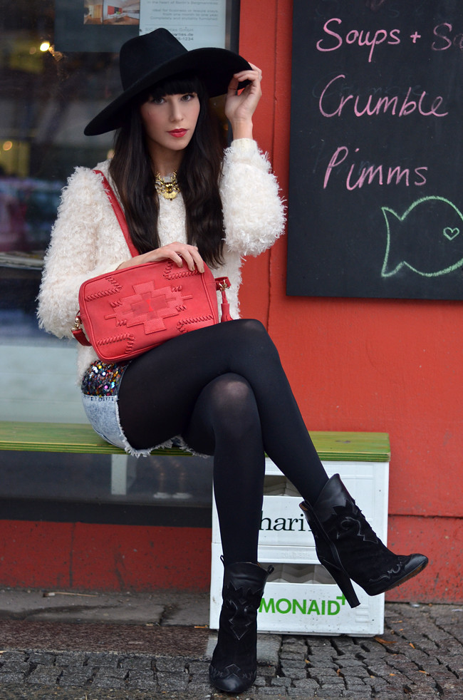 Romwe Knit Red Stradivarius Bag Outfit 1