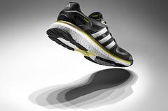 Adidas představil novinku v odpružení běžecké boty