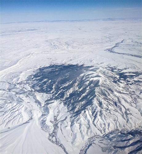 winter mountain wyoming elkmountain snowyrange