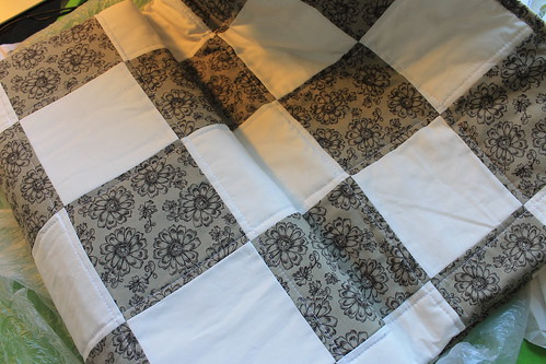 Checkerboard Quilt Gray