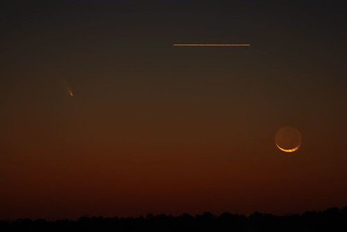 PANSTARRS, Moon, Airplane by Get The Flick