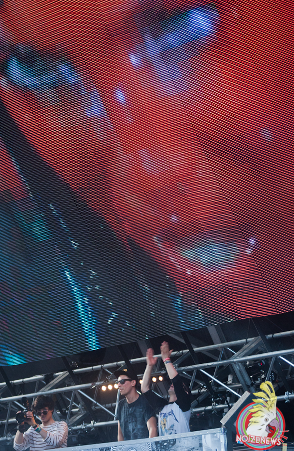 Dog Blood=Skrillex + Boys Noize @ Miami Ultra Fest 2013