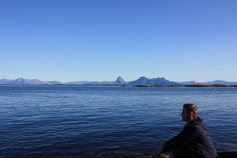Hugleitt við bárugjálf