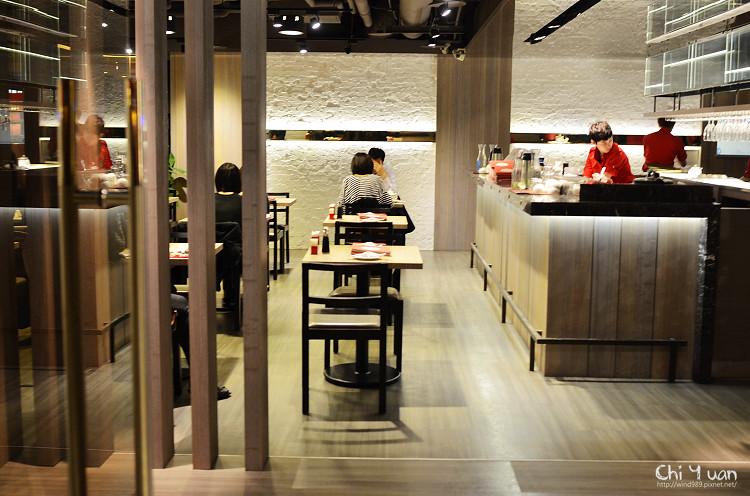 [台北]南京東路慶城街一號。十里安手麵,精緻麵食、湯品、小甜味