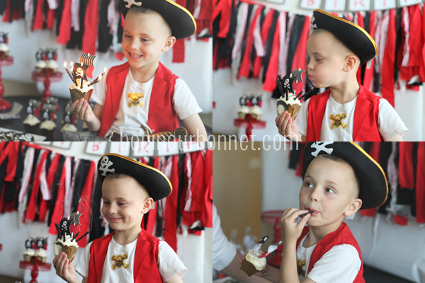 pirate ship cupcakes 2