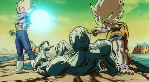 Vegeta_blasts_Goku&Cooler