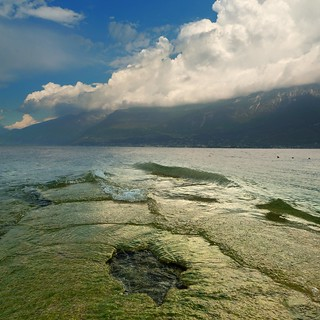 Lake Garda where air meets water