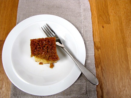 Drommekage - Danish coconut cake