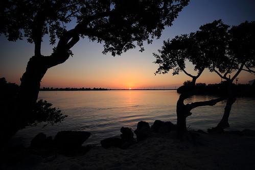 sunset usa silhouette florida dusk floridakeys hawkscayresort sigma1020mmf456exdc duckkey canoneos550d floridaholiday2013