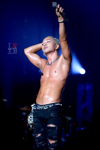 Taeyang-RISEcons-SEOUL-allthreenights-various_05