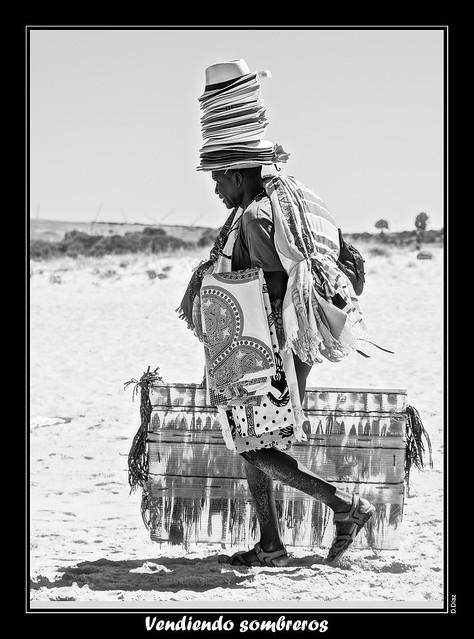 Vendiendo sombreros.jpg