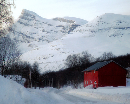 Red House, Lyngen Alps