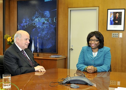 OAS Secretary General Visits New PAHO Director